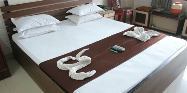 Double Bed Deluxe AC Room