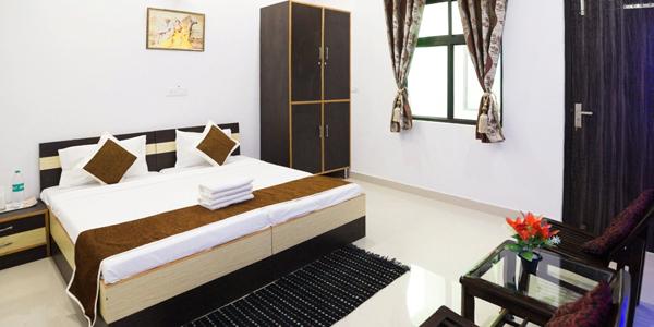 Hotel Taj Niwas