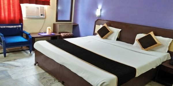 Deluxe Double Bed AC Room with Breakfast and Dinner