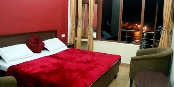 Deluxe AC Double Bed Room Market Facing