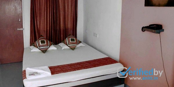 Hotel Mandar Queen Retreat