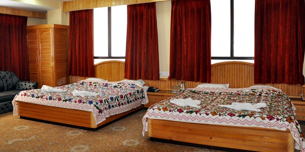 Deluxe Triple Bed Room with Breakfast