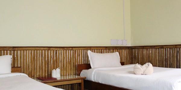 Standard Triple Bed Room with Breakfast