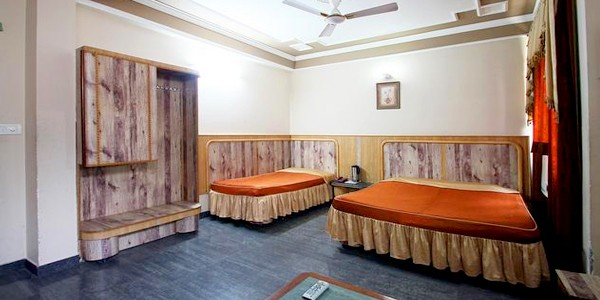 Deluxe AC Triple Bedded Room