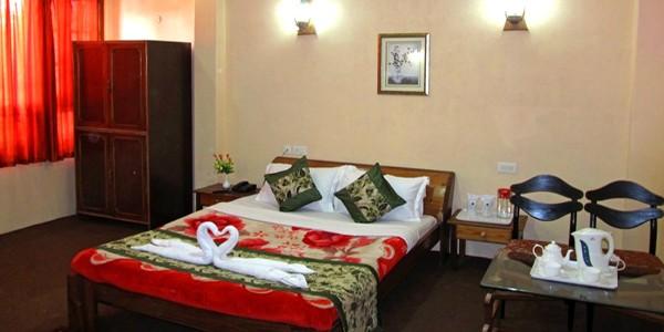 Hotel Retreat Alpine Crest