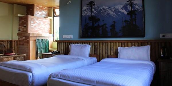 Hotel Ravongla Star