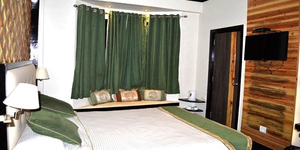 Hotel Dip Palace