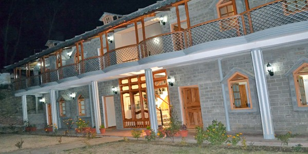 Hotel Kausani Best Inn